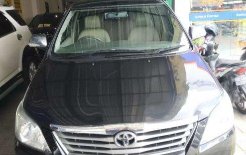 Mobil Toyota Kijang Innova 2012 2.5 G dijual, Bali