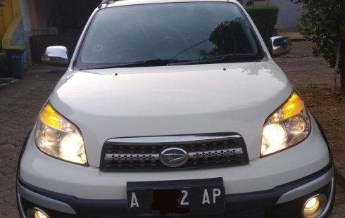 Mobil Daihatsu Terios 2014 TX terbaik di Jawa Barat