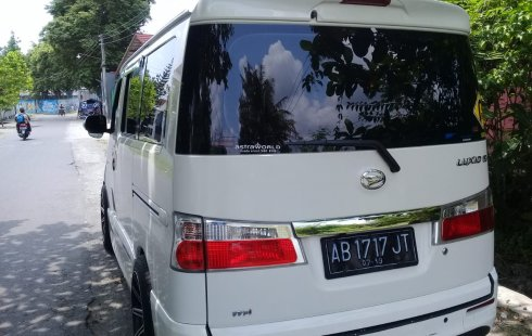 DIY Yogyakarta, dijual mobil Daihatsu Luxio X 2014 bekas