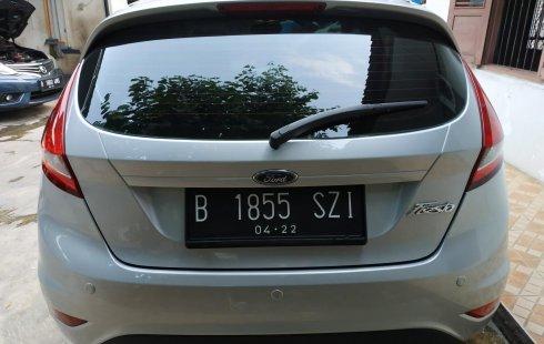 Dijual mobil bekas Ford Fiesta Trend 2011 terawat di DKI Jakarta