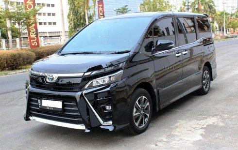 Dijual mobil Toyota Voxy AT 2018 murah di DKI Jakarta
