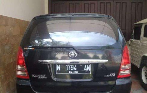 Jawa Timur, jual mobil Toyota Kijang Innova V 2005 dengan harga terjangkau