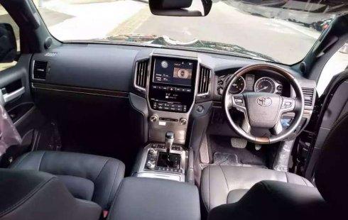 Banten, Toyota Land Cruiser VX-R 2018 kondisi terawat