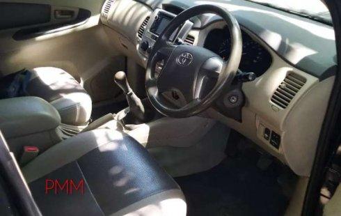 Mobil Toyota Kijang Innova 2013 2.5 G dijual, Jawa Timur