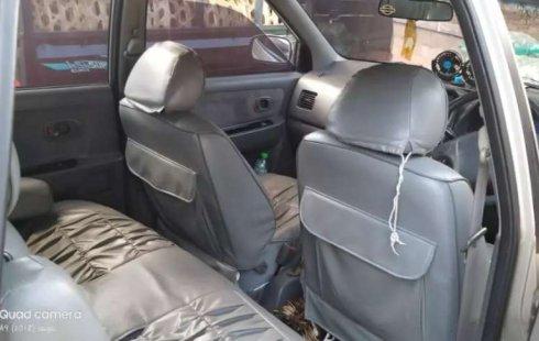 Bali, jual mobil Kia Carens 2000 dengan harga terjangkau