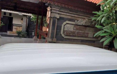 Mobil Daihatsu Taft 1983 F50 terbaik di Bali