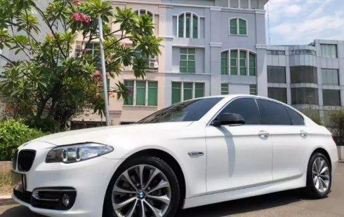 Jual mobil BMW 5 Series 520i 2017 murah di DKI Jakarta