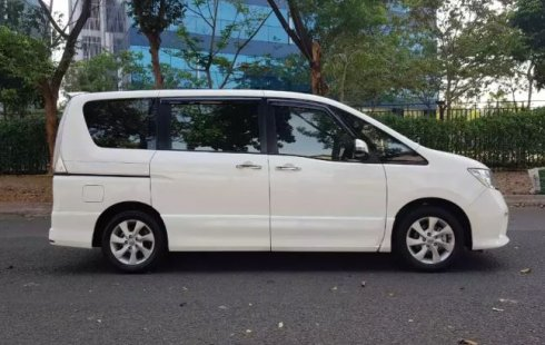 DKI Jakarta, dijual mobil Nissan Serena Highway Star 2.0L 2014 bekas