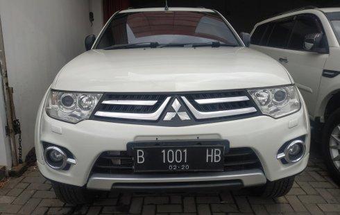 Jawa Barat, dijual mobil Mitsubishi Pajero Sport Dakar AT 2014/2015 bekas