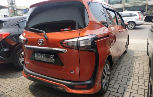 Jual mobil Toyota Sienta Q AT 2017 bekas di Jawa Barat