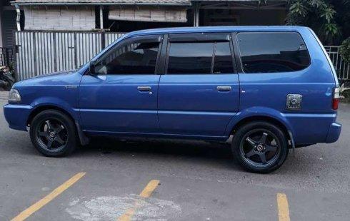 Mobil Toyota Kijang 2001 LGX terbaik di Jawa Barat