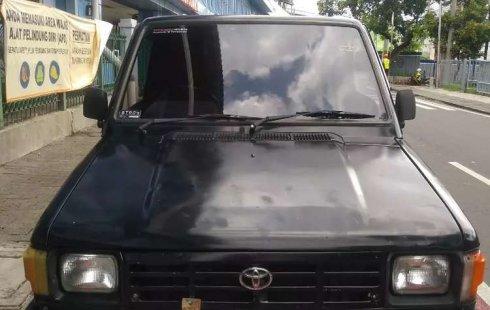 Mobil Toyota Kijang Pick Up 1995 terbaik di DKI Jakarta