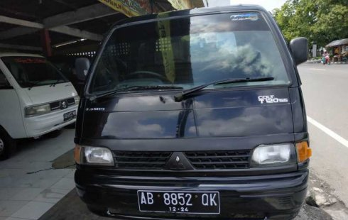 Jual mobil Mitsubishi Colt T120 SS 2011 terawat di DIY Yogyakarta