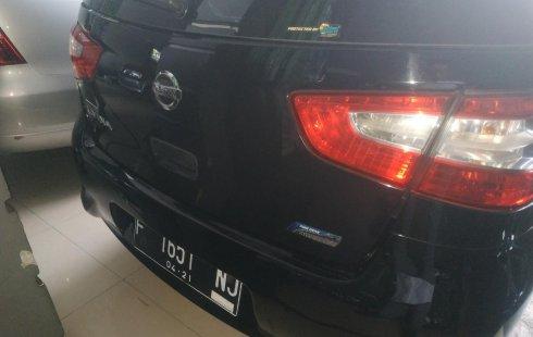 Jual mobil Nissan Grand Livina SV 2016 terawat di Jawa Barat