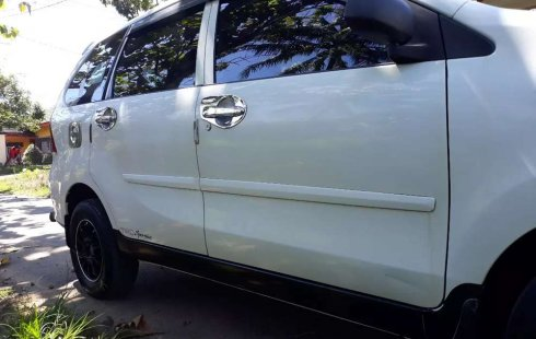 Bengkulu, Daihatsu Xenia Mi 2012 kondisi terawat