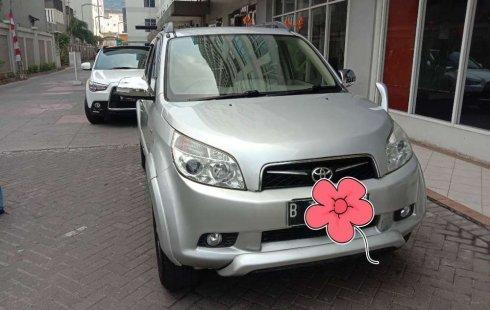 DKI Jakarta, Toyota Rush S 2010 kondisi terawat