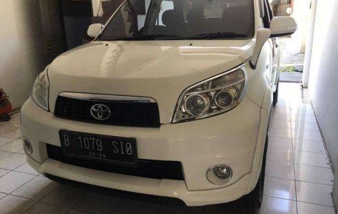 Jual mobil Toyota Rush G 2014 bekas, Sumatra Barat
