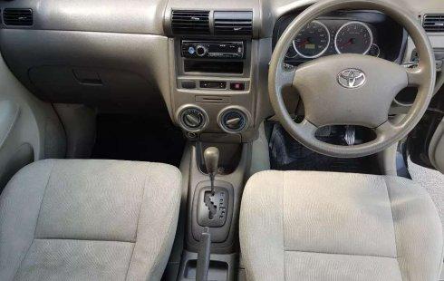 Jawa Tengah, Toyota Avanza G 2010 kondisi terawat