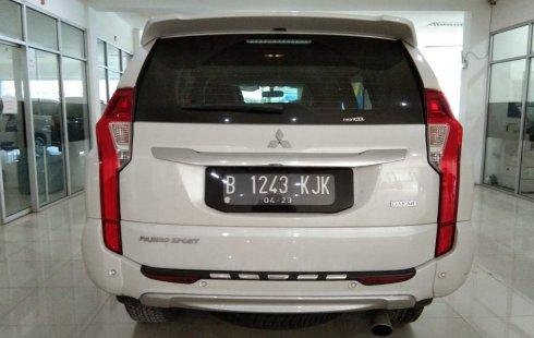 Dijual mobil Mitsubishi Pajero Sport Dakar 2.4 Automatic 2018 bekas terbaik, Jawa Barat