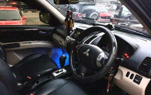 Mobil Mitsubishi Pajero Sport 2011 Exceed terbaik di Sumatra Selatan