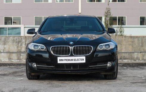 Dijual mobil BMW 5 Series 528i Business 2013 bekas terbaik, Jawa Timur