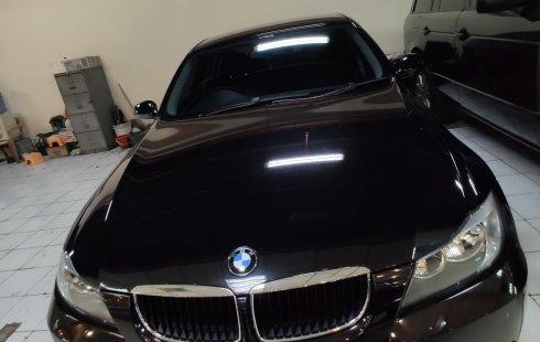 Jual mobil BMW 3 Series 320i 2005 harga murah di DKI Jakarta