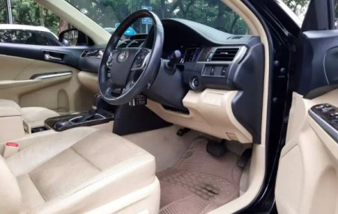 Mobil bekas Toyota Camry V 2017 dijual, Banten