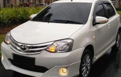 Jual mobil Toyota Etios Valco E 2018 terbaik di Banten
