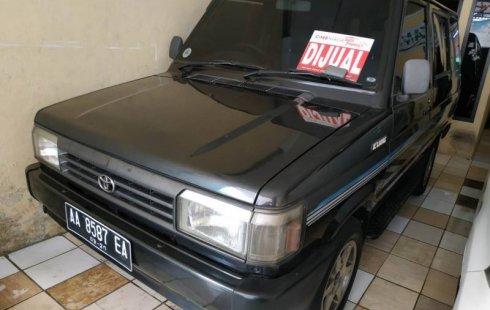 Jual mobil bekas Toyota Kijang SSX 1.5 Manual 1995 dengan harga murah di Jawa Tengah