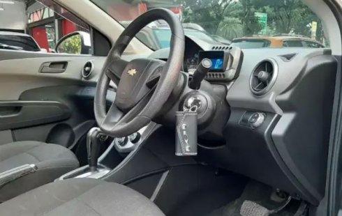 Jual Cepat Mobil Chevrolet Aveo LT 2014 di Banten