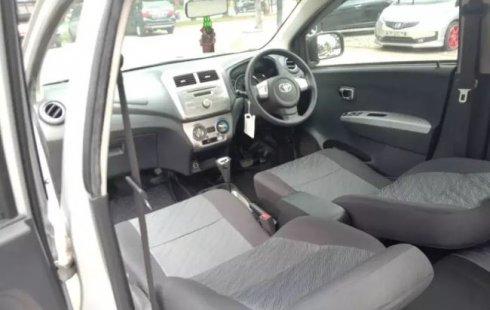 Jual mobil Toyota Agya G 2015 bekas di Banten