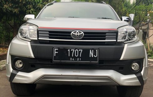 Jual mobil Toyota Rush TRD Sportivo Ultimo 2016 dengan harga murah di Jawa Barat