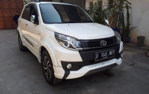 Mobil Toyota Rush TRD Sportivo 2015 dijual, Jawa Barat