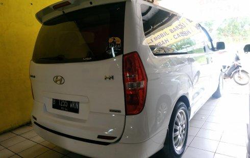 Jawa Barat, Dijual mobil Hyundai H-1 2.5 CRDi AT 2014 dengan harga terjangkau