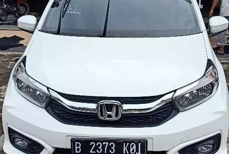 Jual mobil bekas murah Honda Brio Satya 2019 di Kalimantan Selatan