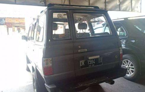 Mobil Toyota Kijang 1995 Grand Extra terbaik di Bali