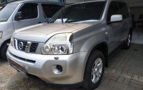 Jual mobil Nissan X-Trail 2.0 AT 2010 terawat di Jawa Barat