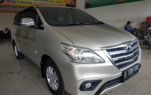 Jual mobil Toyota Kijang Innova 2.5 G Diesel AT 2014 harga murah di Jawa Barat