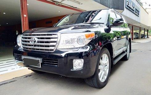 Jual Cepat Mobil Landcruiser 4.5 UK CBU AT Diesel Th 2012 Black di DKI Jakarta