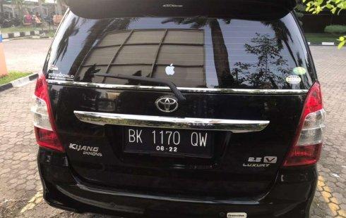 Sumatra Utara, Toyota Kijang Innova V Luxury 2012 kondisi terawat