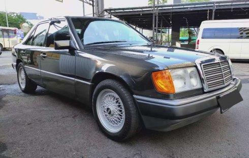 Jual Mercedes-Benz E-Class E 300 1989 harga murah di DKI Jakarta
