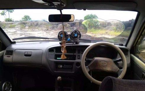 Mobil Toyota Kijang 2000 LX dijual, Sumatra Barat
