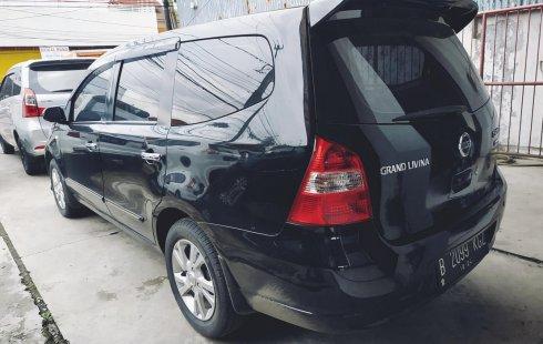 Jual mobil Nissan Grand Livina XV AT 2013 bekas di Jawa Barat