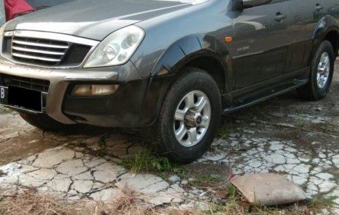 Jual Cepat Mobil Ssyang yong Rexton Mercy RX 280 deluxe matic 4WD 2003/2004 di DKI Jakarta