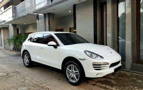 Jual Cepat Mobil Porsche Cayenne 2013 Putih di DKI Jakarta