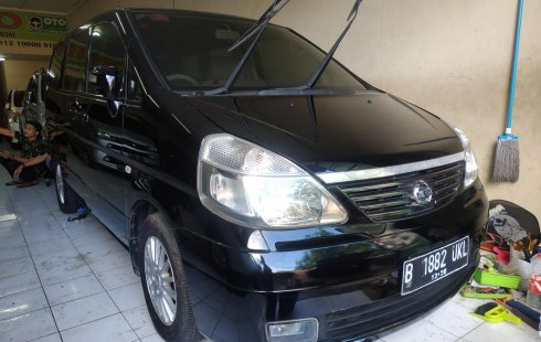 Jual mobil Nissan Serena Highway Star AT 2010 murah di DKI Jakarta
