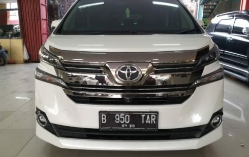 Jual mobil Toyota Vellfire G ATPM 2015 terawat di Jawa Barat
