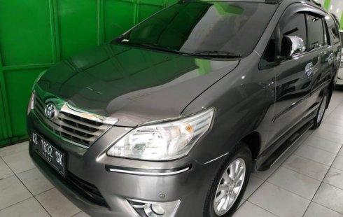 Jual mobil Toyota Kijang Innova 2.5 V 2013 terawat di DIY Yogyakarta