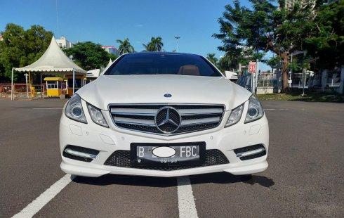 Jual mobil Mercedes-Benz E-Class E250 2012 terawat di DKI Jakarta