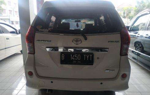 Jual mobil Toyota Avanza Veloz AT 2014 bekas di Jawa Barat